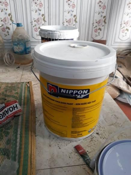 Công thợ sơn 1 ngày bao nhiêu tiền?