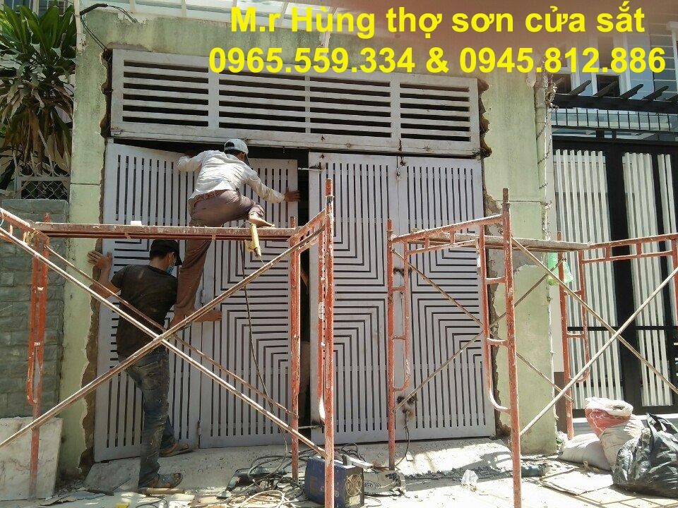 Thợ sơn cửa sắt cũ chuyên nghiệp Hà Nội 0965.559.334